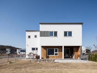 Casas de estilo  por 소하  건축사사무소    SoHAA, Moderno