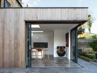 Newbridge Hill Minimalist houses by Hetreed Ross Architects Minimalist