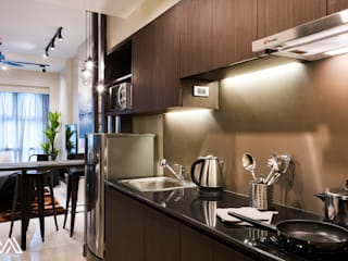 Modern Lux - Wil Tower QC: modern Kitchen by MVRX Designs