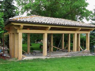 Il padiglione nel giardino:  in stile  di Daniele Arcomano