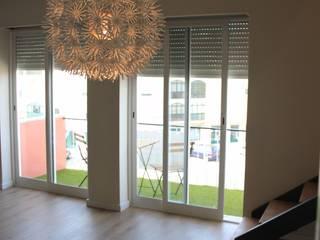 C evolutio Lda 现代客厅設計點子、靈感 & 圖片 White