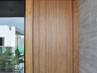 Doors by En bruto,