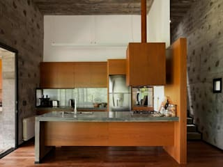 Built-in kitchens by En bruto