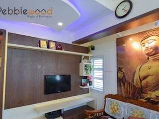 Sriharsha - Ullal - Bangalore:  Living room by Pebblewood.in
