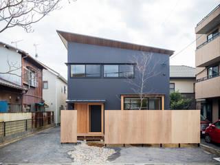 外観ファサード: 一級建築士事務所 SAKAKI Atelierが手掛けた木造住宅です。