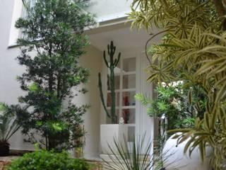 Reforma Casa Itanhangá por StudioTrans.Forma Moderno