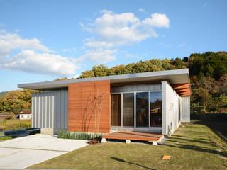 西側外観: 土居建築工房が手掛けた家です。