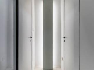 Design Group Latinamerica Corridor, hallway & stairsLighting