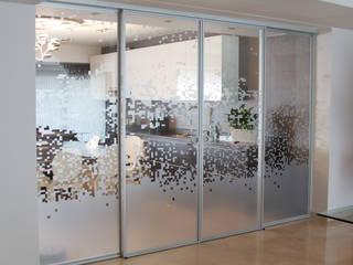 Design Group Latinamerica Porte di vetro