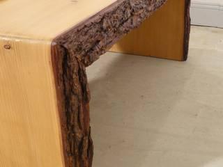 Table basse live edge bois brut massif:  de style  par mai.b.store