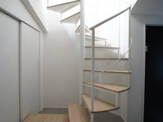 Escalier de style  par 一級建築士事務所A-SA工房