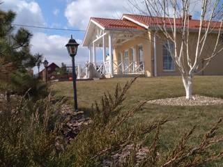 Prefabricated home by Центр Каркасных Технологий