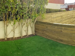 Paço d'Arcos: Jardins minimalistas por Bamboh