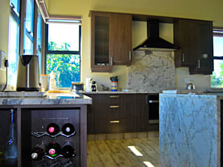 Jax Meyer Kitchen & BIC's Capital Kitchens cc Built-in kitchens Wood Brown
