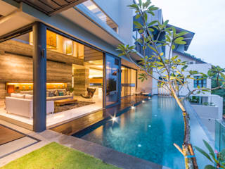 Lap Pool overlooking the Living Room Modern pool by MJ Kanny Architect Modern