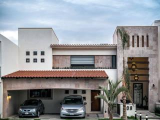 CASA T-108: Casas de estilo  por ARQDUO
