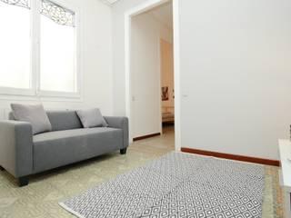 Original y acogedor piso para estudiantes:  de estilo  de Dekohuset