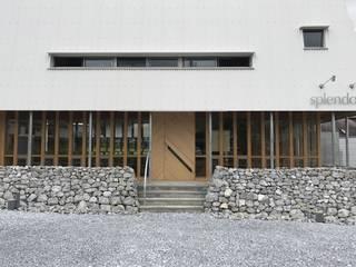 スプレンダー モダンな 家 の 岸本泰三建築設計室 モダン
