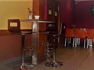 Diseño interior de Bar de tapas: Bares y Clubs de estilo  de CONSUELO TORRES