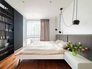 臥室 by U-Style design studio, 現代風