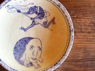 染付妖怪七寸皿: 吉田崇昭が手掛けたです。