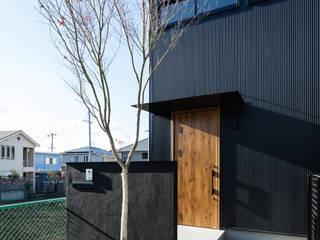 Wooden houses by SQOOL一級建築士事務所