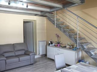 Living room by MAURRI + PALAI architetti,