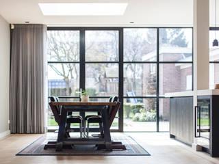 uitbouw leefkeuken van Bob Romijnders Architectuur + Interieur