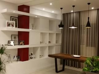 Design Hub interiors by Çise Mısırlısoy İç Mimar  – Villa in Dikmen:  tarz Oturma Odası