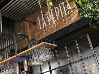 La Pepita Burger Bar ADC Espacios Gastronomía de estilo industrial