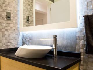 Design Hub interiors by Çise Mısırlısoy İç Mimar  – Duş Tasarımı:  tarz Banyo