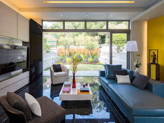 The Green: asian Living room by Another Design International