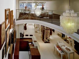 Laurél - Flagship Store - Hamburg Neuer Wall:  Geschäftsräume & Stores von Plan2Plus design - Architektur I Innenarchitektur I Design