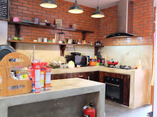 Dapur:  Dapur by FIANO INTERIOR