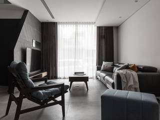 生活光宅 现代客厅設計點子、靈感 & 圖片 根據 沃思文化 / 林毅璋建築師事務所 + 乘四研究所 現代風