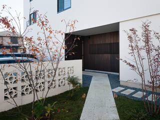 縁の繋がる家 モダンな 家 の 根來宏典建築研究所 モダン
