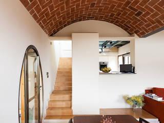 Reforma en Salón/Comedor en Vivienda Comedores de estilo moderno de Sezam disseny d'Interiors SL Moderno Madera Acabado en madera