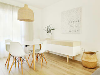 Dining room by Homestories, Scandinavian