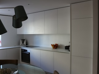 Kitchen by ARCHÉ, Minimalist