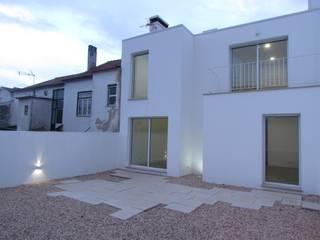 Reconstrução de Habitação Unifamiliar em Coimbra por hom'A