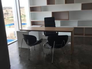 Estudios y despachos de estilo industrial de IVHER MANTENIMIENTO INTEGRAL SA DE CV Industrial