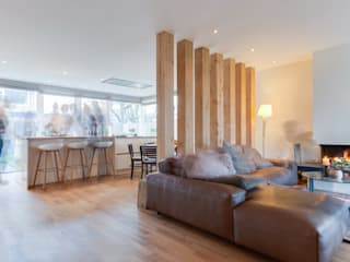 Living room by Dineke Dijk Architecten, Modern