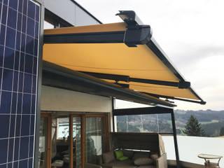 Terrassendach aus Glas mit Sunflex Schiebewand 4-flügelig Schmidinger Wintergärten, Fenster & Verglasungen Moderner Wintergarten Glas Grau