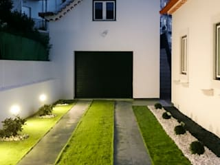 aponto Jardines de estilo moderno Cerámico Gris