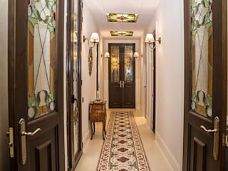 Goian Classic style corridor, hallway and stairs White