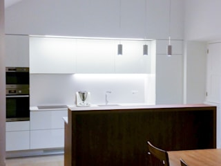 aponto Built-in kitchens Wood White