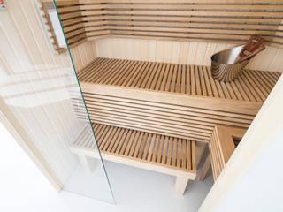 Houten Cleopatra sauna bank: moderne Badkamer door Cleopatra BV