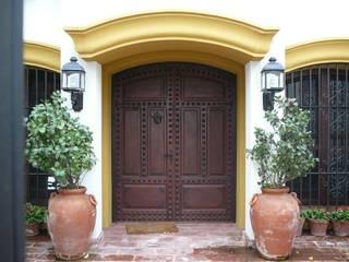 أبواب رئيسية تنفيذ Estudio Dillon Terzaghi Arquitectura - Pilar