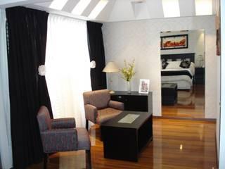 Ampliación Dormitorio Patricia Dormitorios modernos: Ideas, imágenes y decoración de Construye Tu Proyecto Moderno