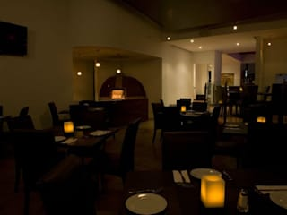 Restaurante: Comedores de estilo  por Structure Diseño & Arquitectura